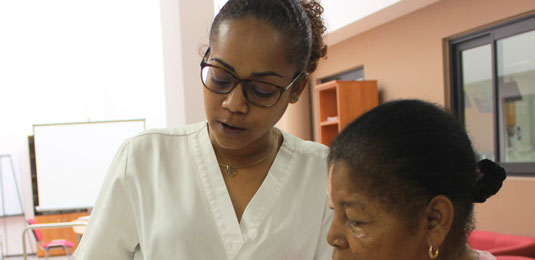 Les métiers de l'Aurar : Dolly Tevanin, aide-soignante